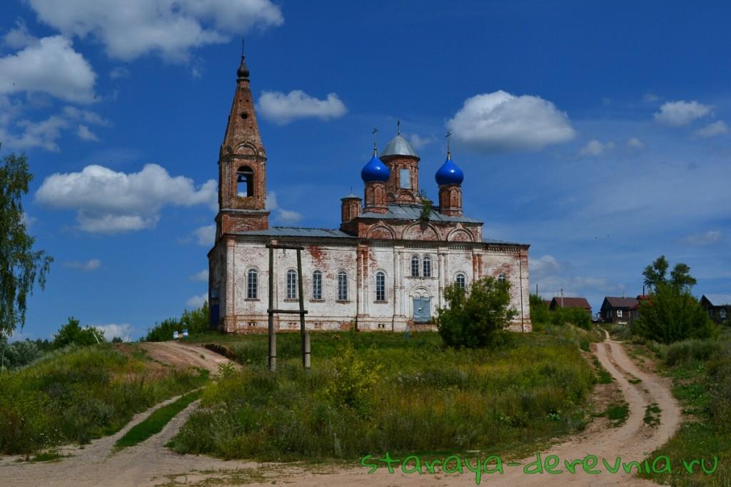 Церковь в селе Асташиха