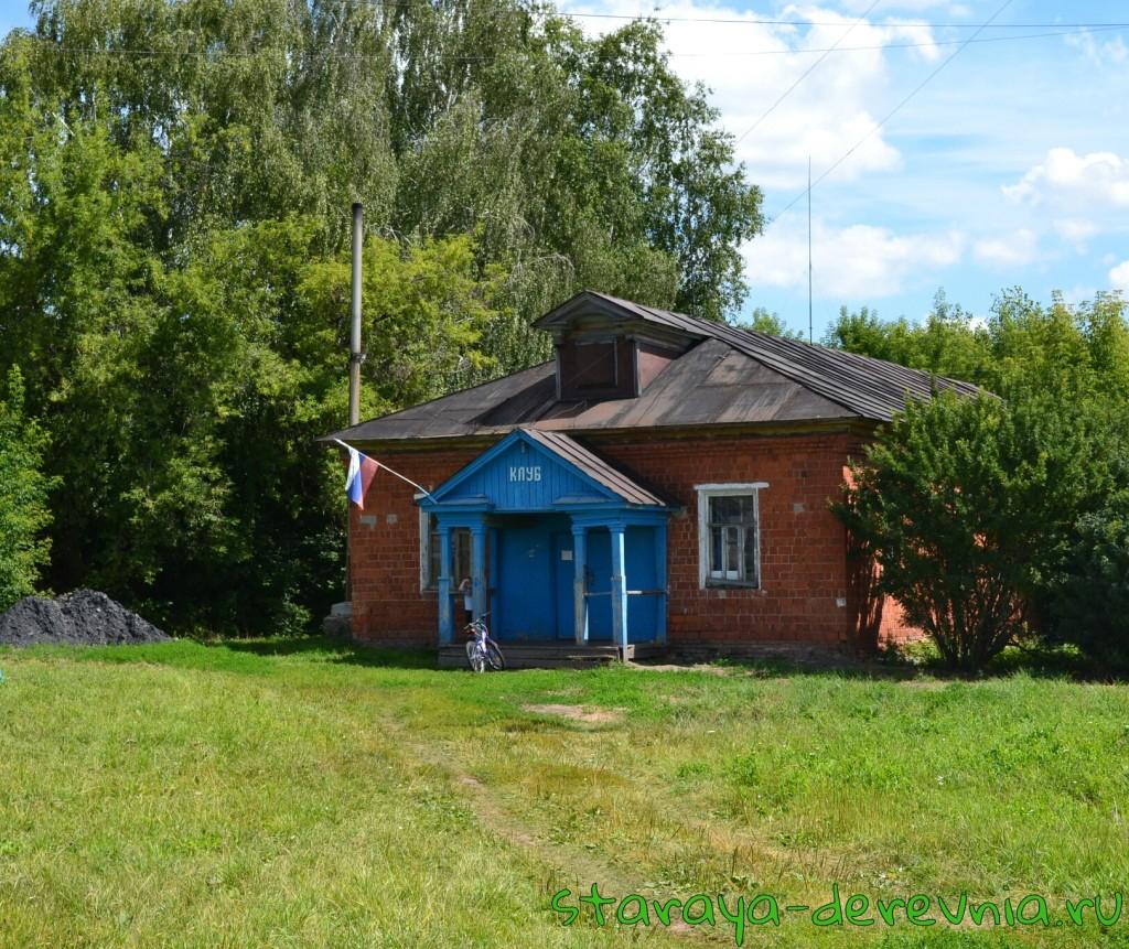 Сельский клуб в с. Асташиха