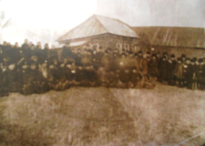Брон-Ватрасская земская школа 1906 год.